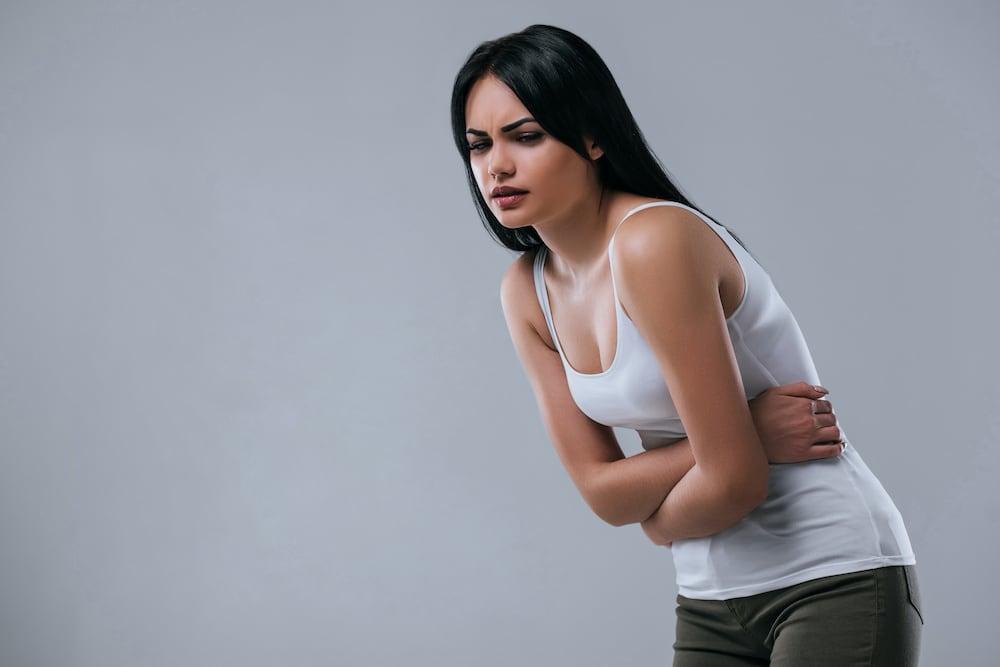 Fájdalmas, késik, kimarad? Íme a menstruációs zavarok lehetséges okai!