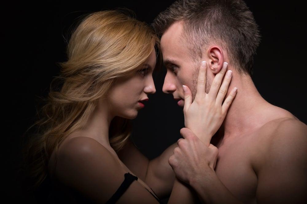 Így növeld kapcsolatodban a bizsergést – 5 tipp
